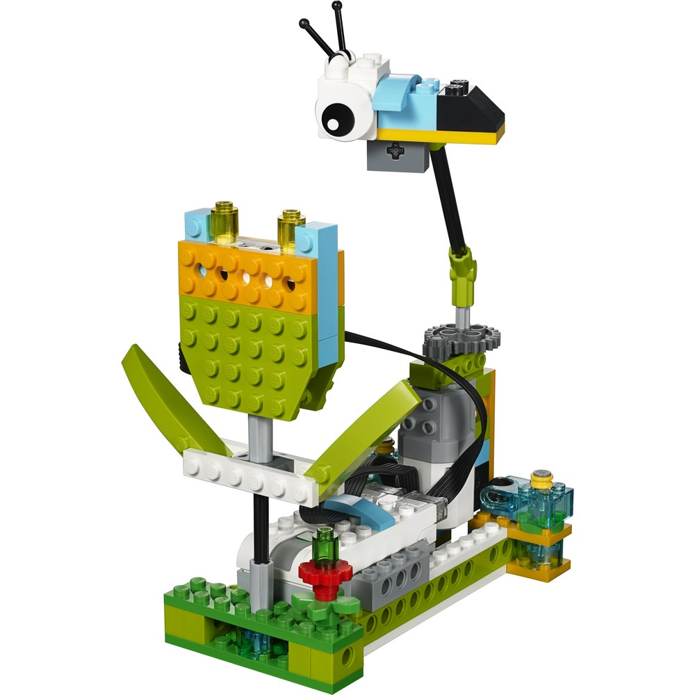 ori-lego-education-wedo-2-0-core-set-software-and-pack-of-activities-included-1595_1924.jpg