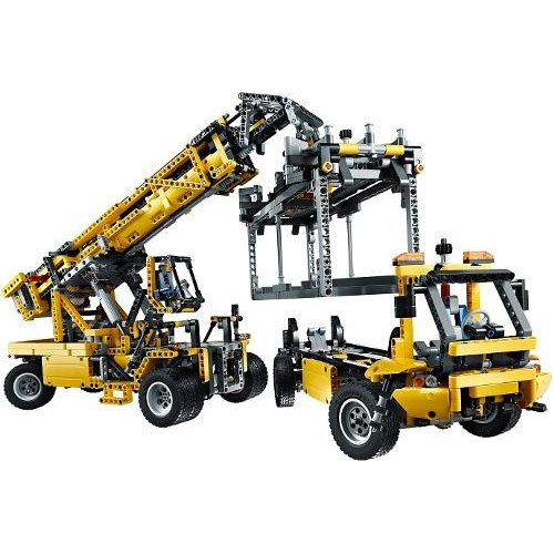 Buy Mobile Crane MK II LEGO® TECHNIC 42009 on Robot Advance