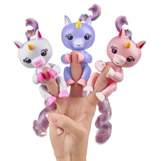 Fingerlings baby light unicorn