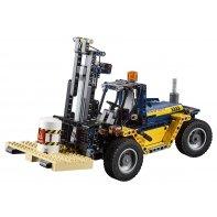Heavy Duty Forklift LEGO Technic 42079