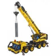 Mobile Crane LEGO Technic 42108
