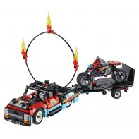 Stunt Show truck and bike LEGO Technic 42106