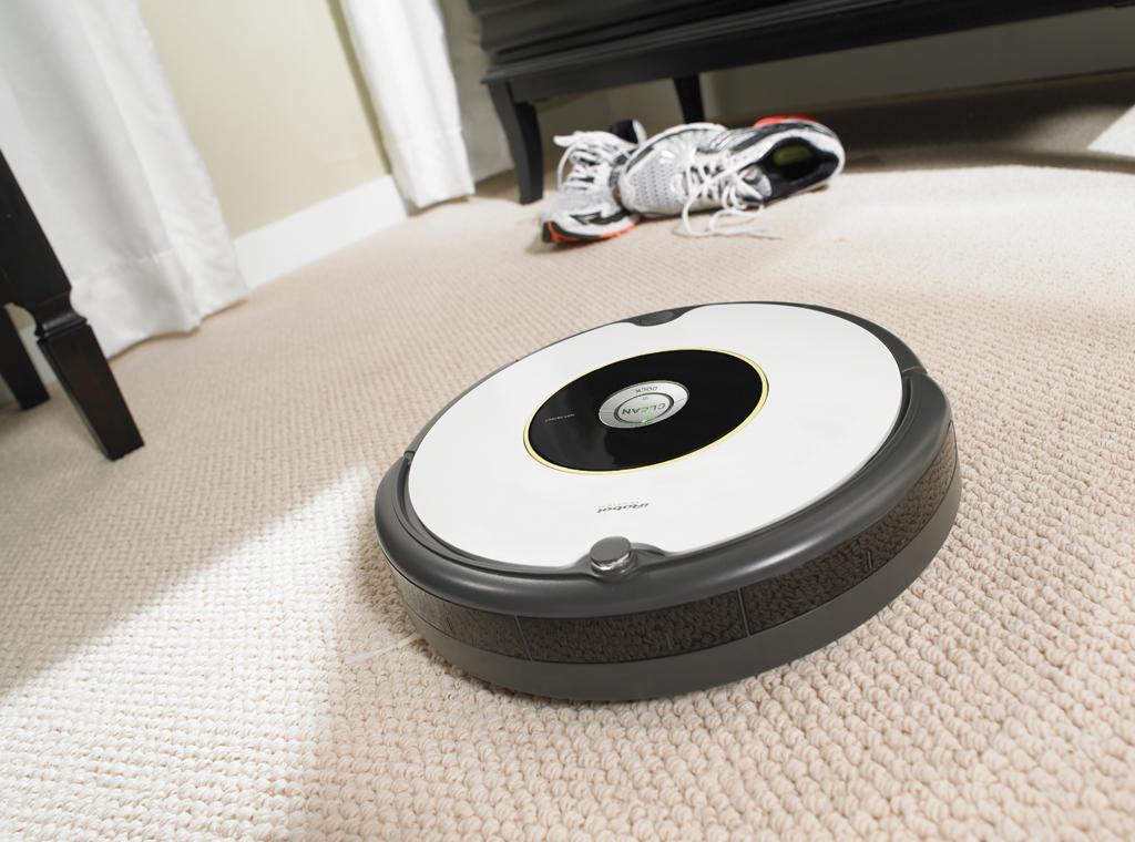 Aspirateur Roomba 605 : robot haute performance d'iRobot