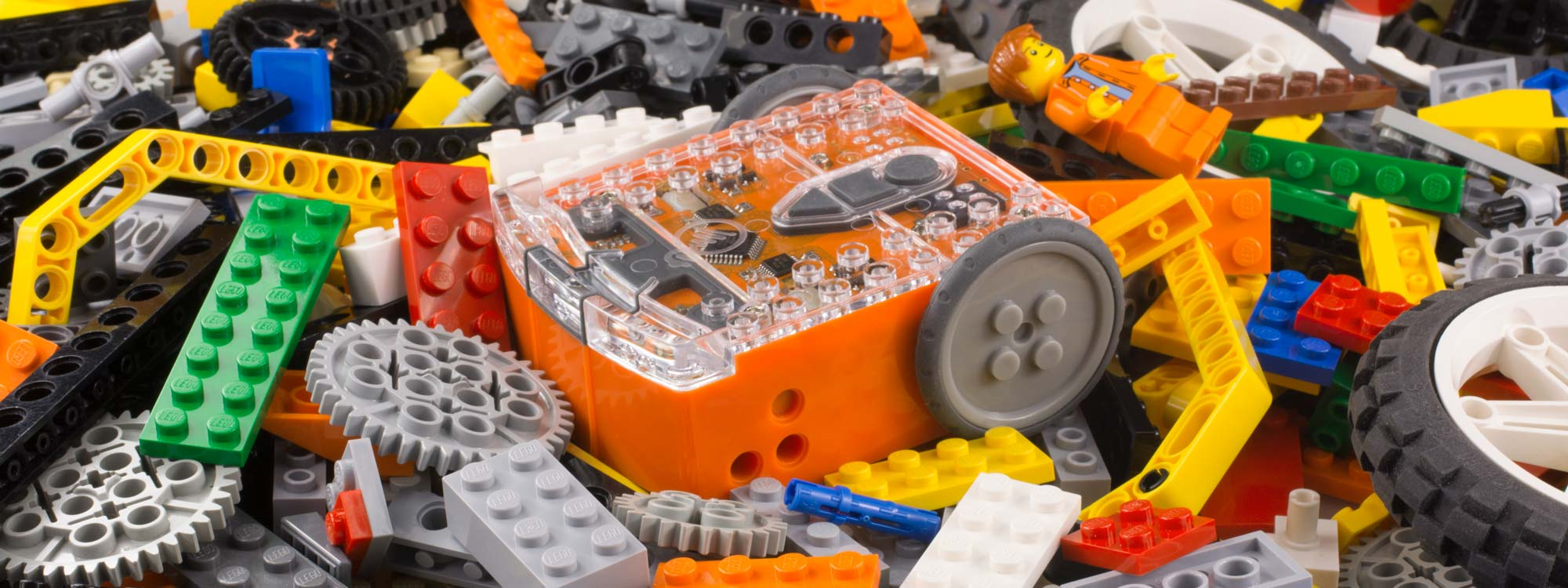 The Edison robot is Lego compatible
