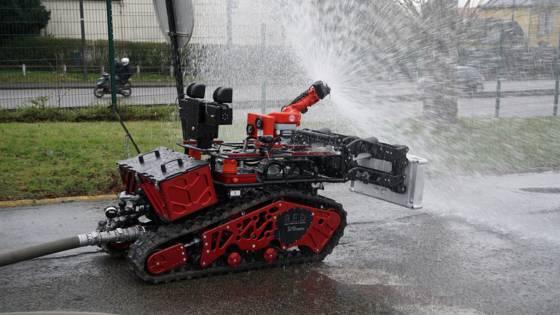 Robot pompier made in France: découvrez Colossus
